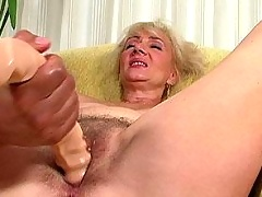 Old busty whore sucking dick