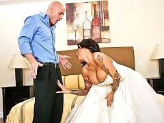 Busty milf slamming hard days before her wedding night